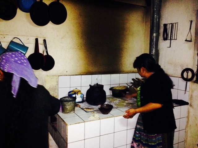 Wanderlust Chloe Guatemala Homestay Tortilla Making