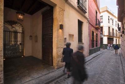 Wanderlust Chloe Corral Del Rey Seville