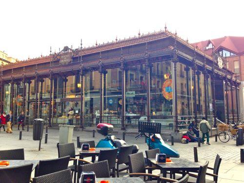 Wanderlust Chloe Madrid Spain03