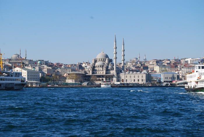 Wanderlust Chloe Istanbul Food 01