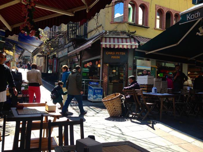 Exploring Mühürdar Caddessi, Istanbul