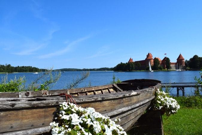Wanderlust Chloe Scandi Baltic Busabout