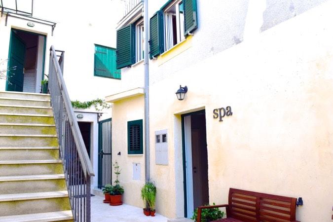 Wanderlust Chloe Divota Apartment Hotel Split 20