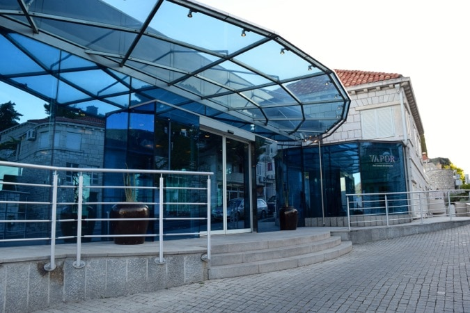 Wanderlust Chloe Vapor Restaurant Dubrovnik01