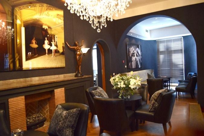 Wanderlust Chloe Hotel St Petersbourg Tallinn Review 04