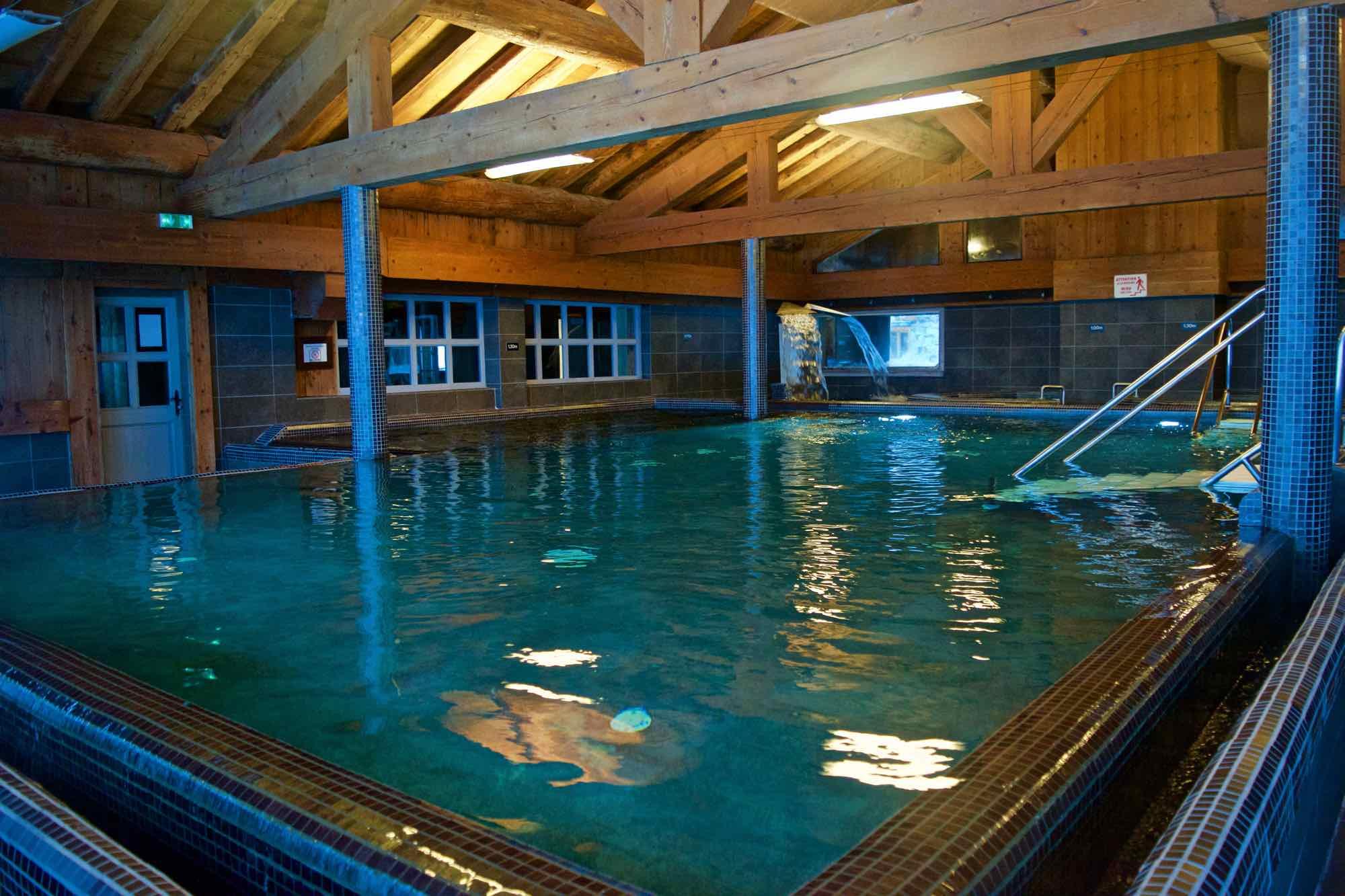 Pool at Hotel L'ecrin Du Val Claret