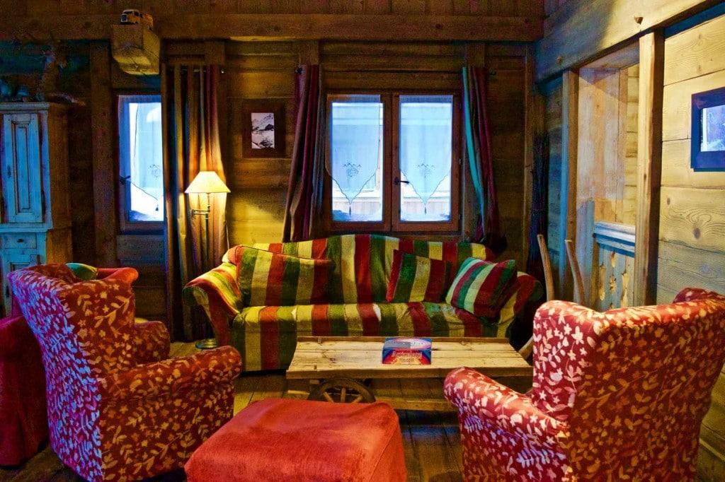 Lounge area at Hotel L'Ecrin Du Val Claret