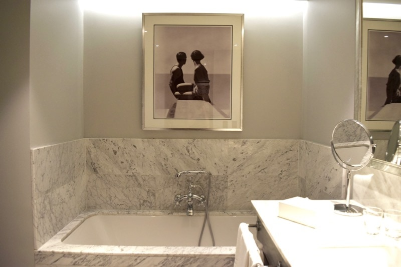 Review the singular hotel santiago chile read before - The singular bathroom ...