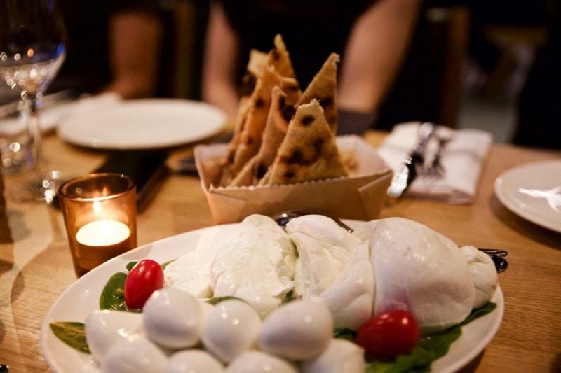Fresh mozzerella and flatbreads at Obicà Restaurant, St Paul's, London
