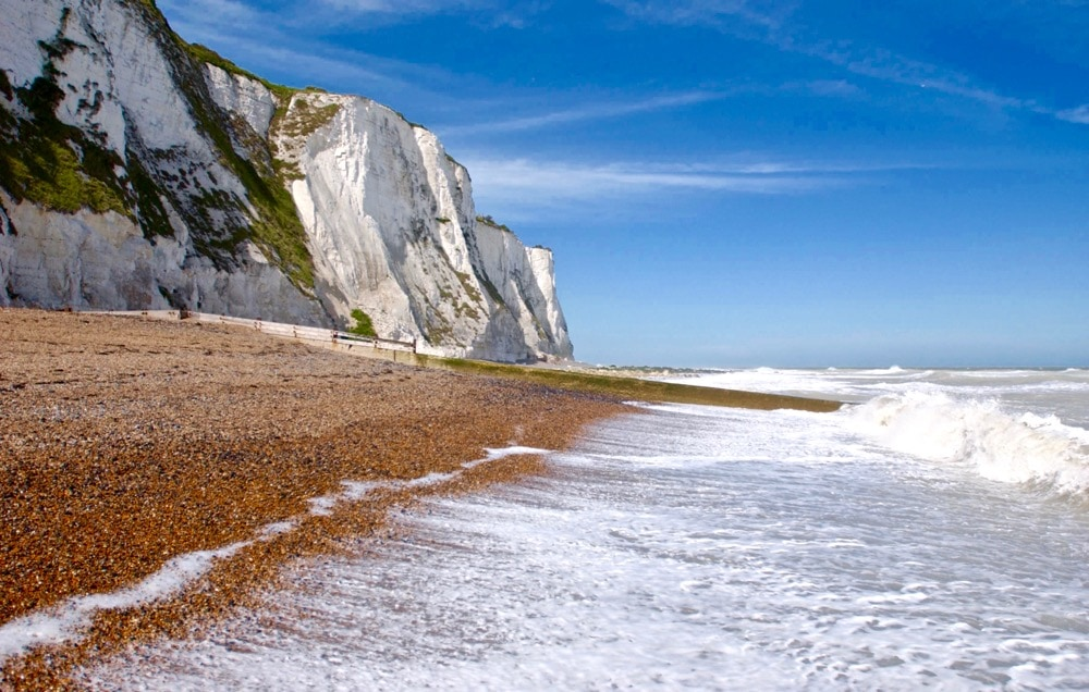 Time to share the top things to do in Dover and beyond, including visiting St Margarets Bay