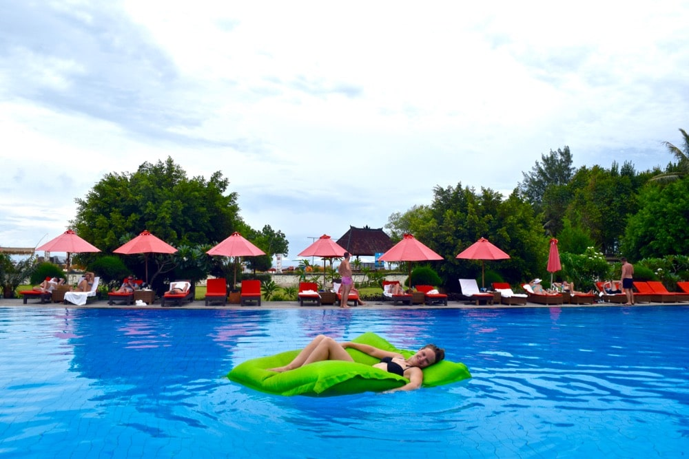 Lounging in the pool at Hotel Ombak Sunset, Gili T