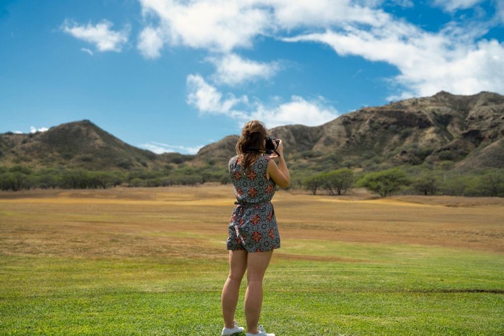 Standing in the crater at Diamond Head, Hawaii (Photo: Travelspective)