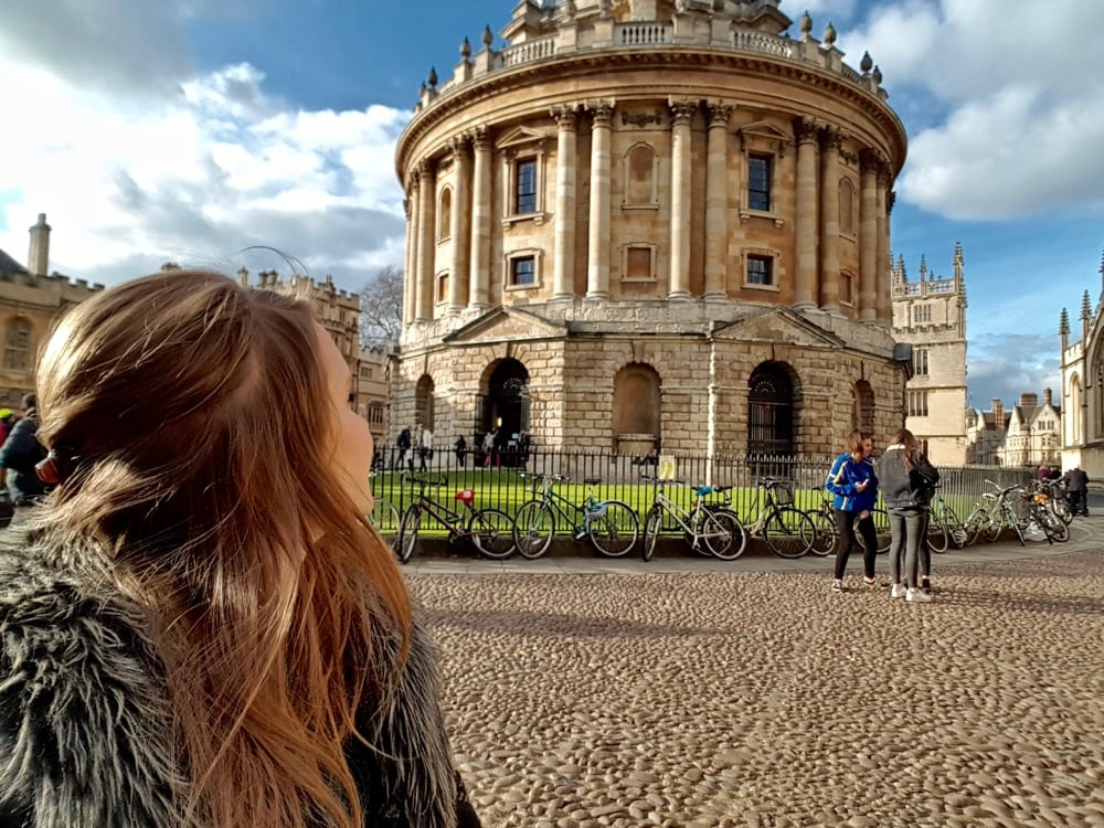 Checking out Radcliffe Camera, Oxford