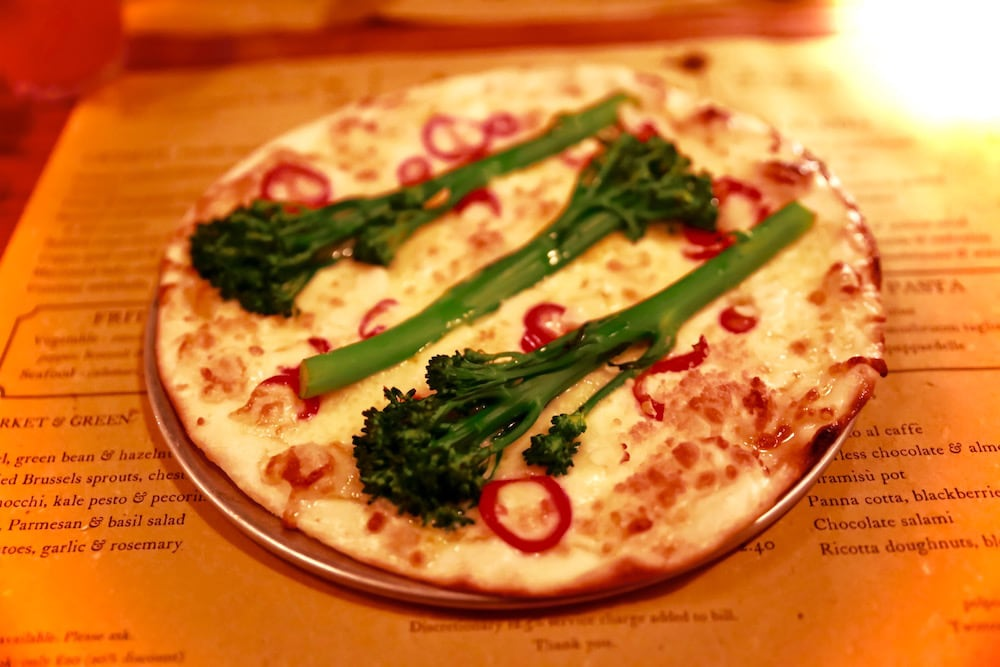 Broccoli and chilli pizza at Polpo, Notting Hill