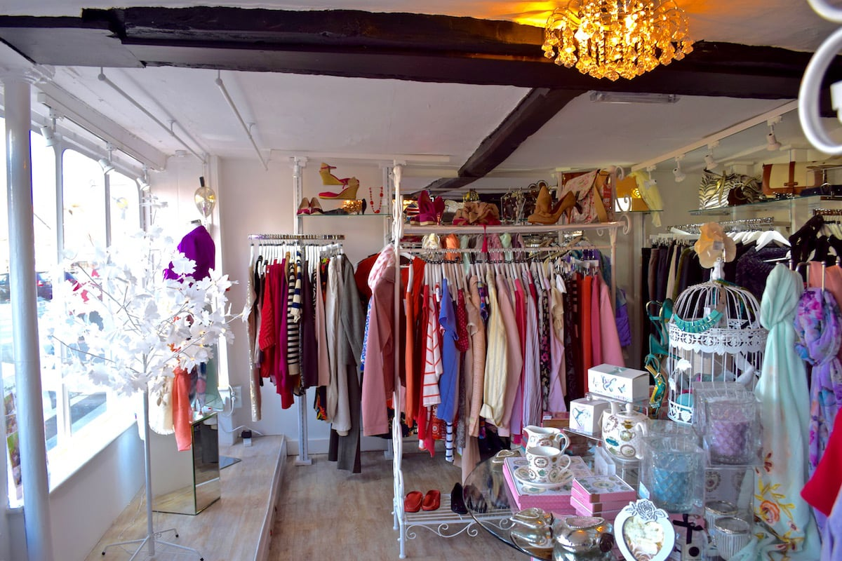 Thames Hospice boutique charity shop