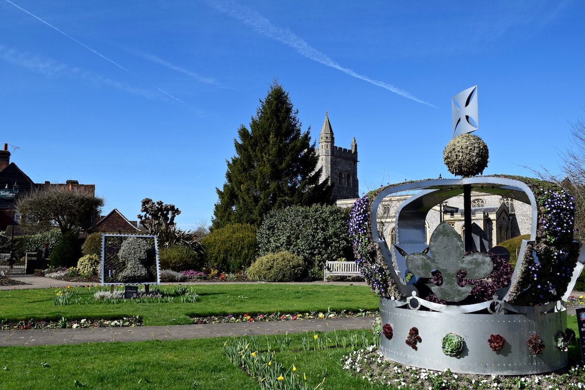 St Mary's Church and Gardens of Remembrance, Amersham