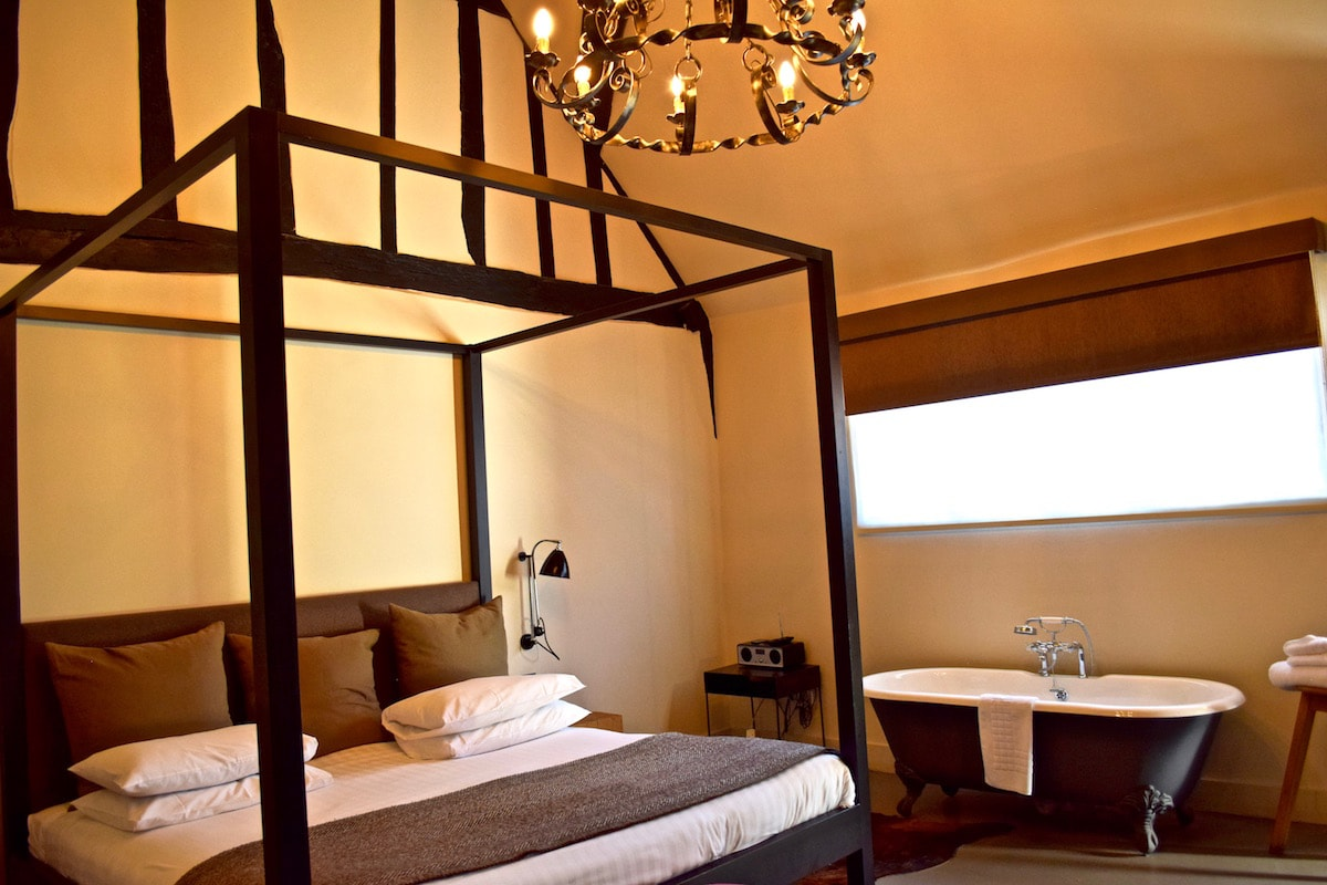 Large bedroom at The Crown Inn, Amersham