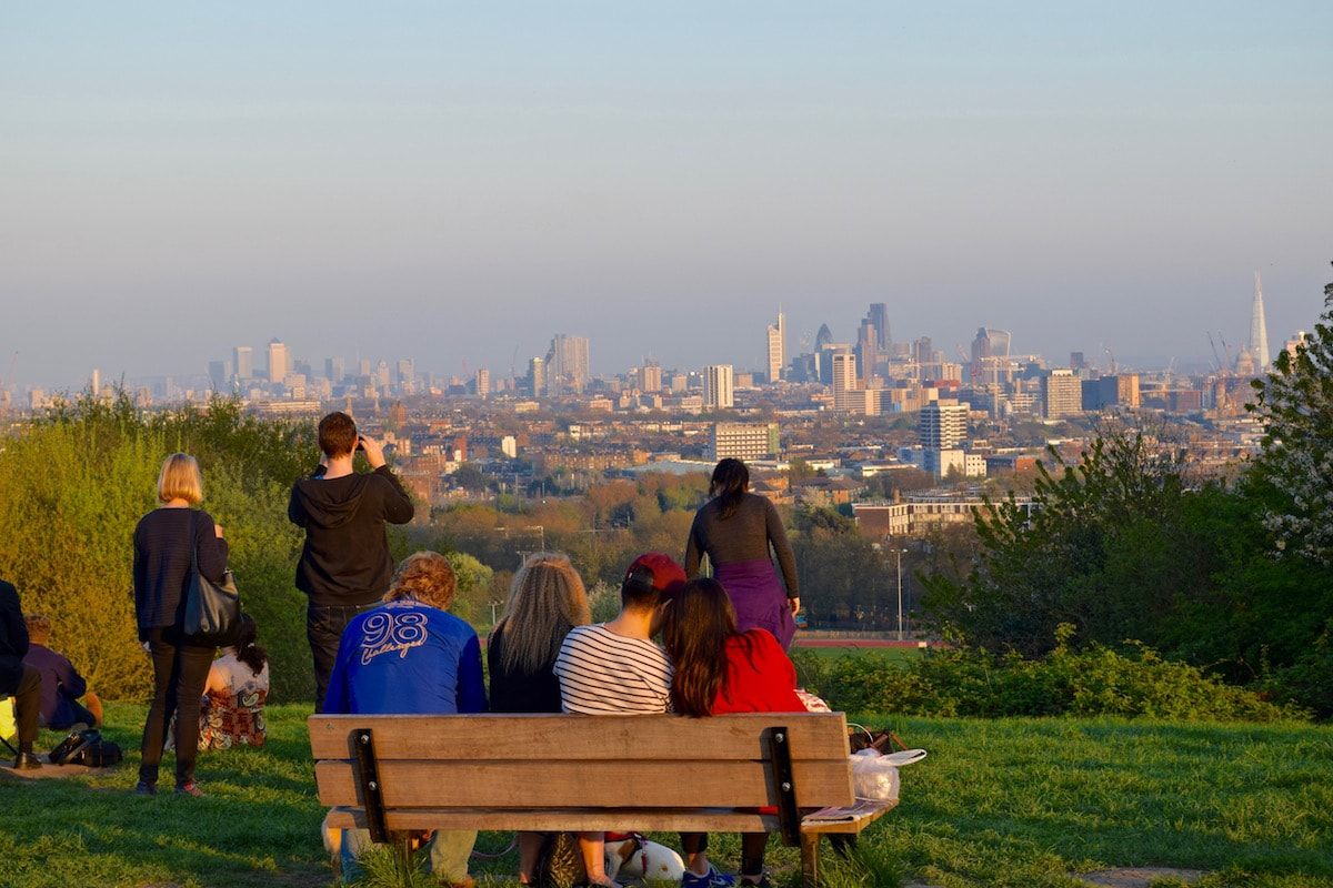 One of the top things to do in Hampstead London - climb up Parliament Hill