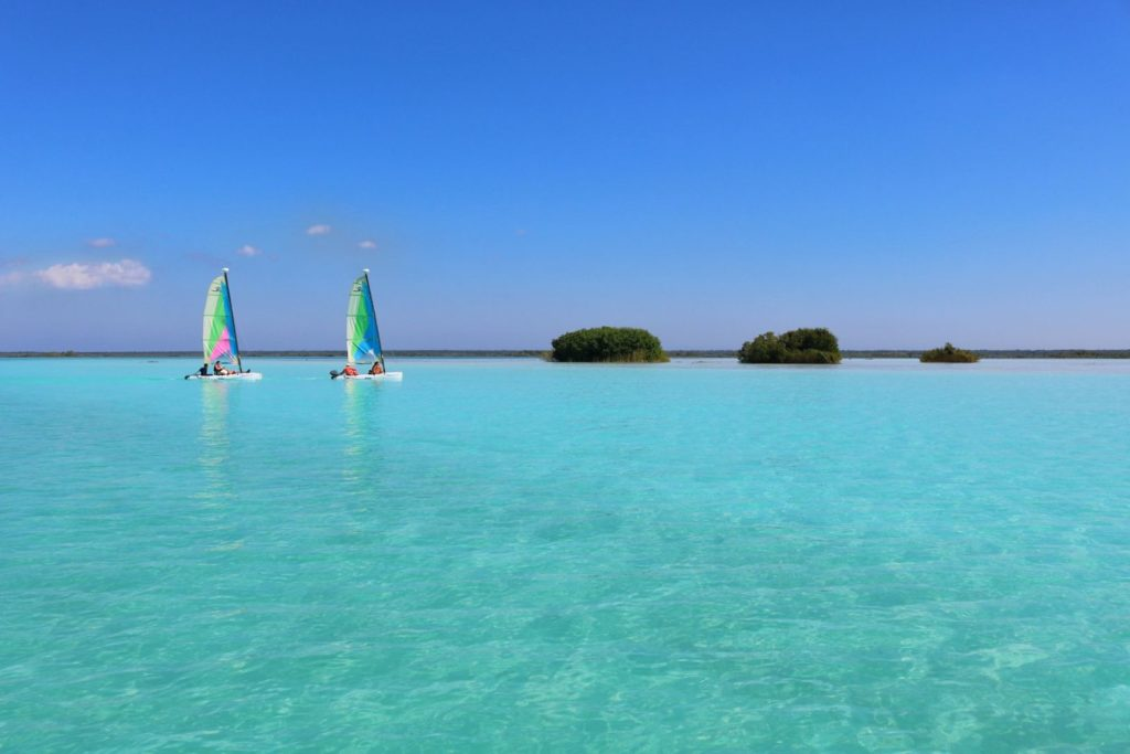 Lake Bacalar in Mexico (Photo: Emily Luxton)