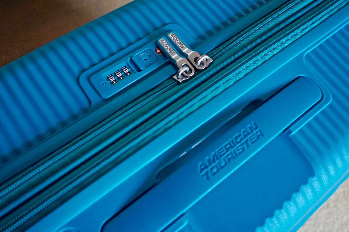 Combination lock and TSA security on the American Tourister Soundbox Suitcase