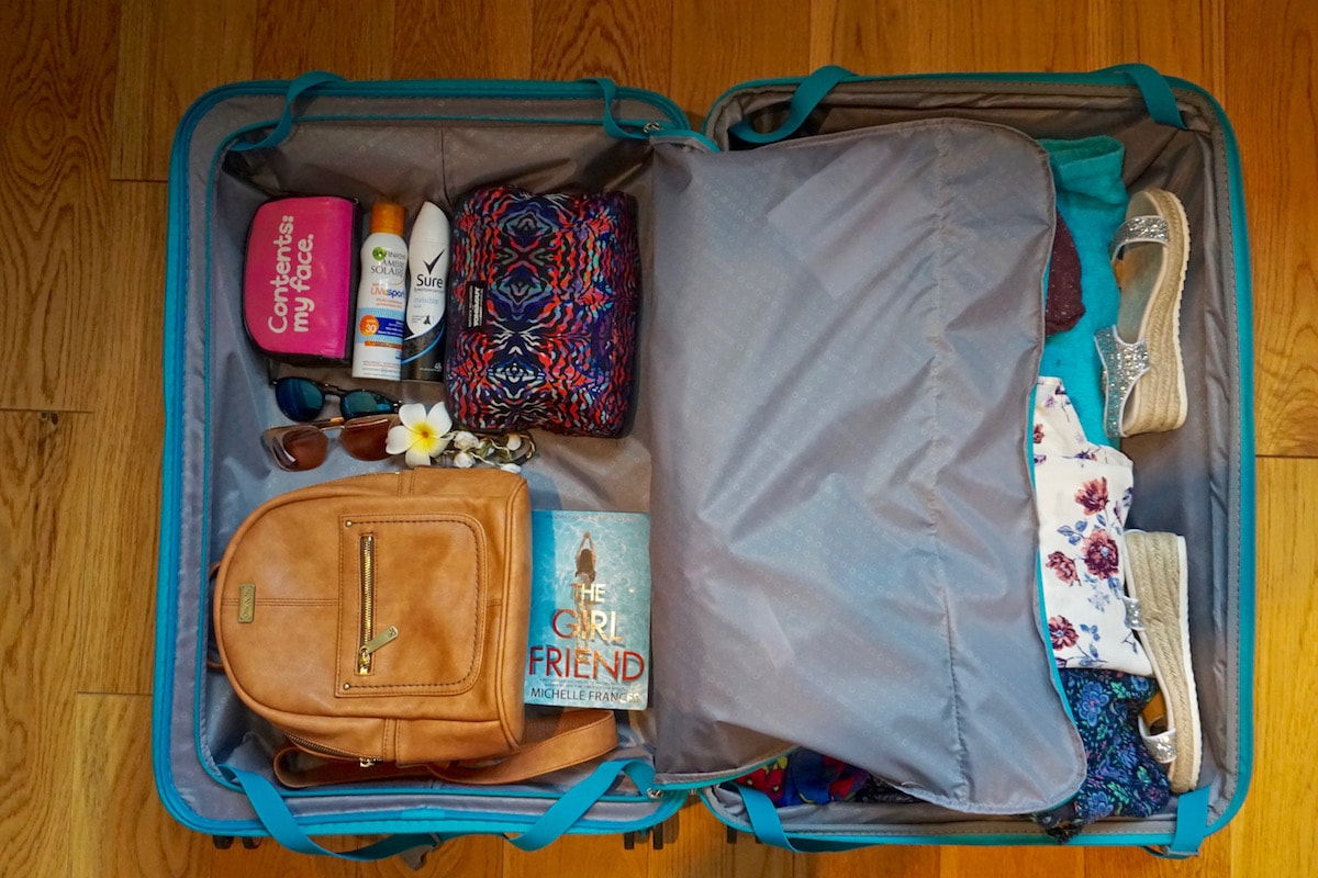 Packing the American Tourister Soundbox Suitcase