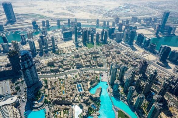 Amazing views of Dubai from Burj Khalifa