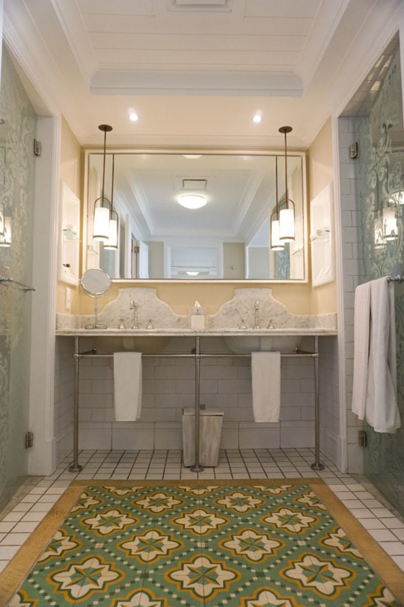 Bathroom at Heritage Le Telfair, Mauritius