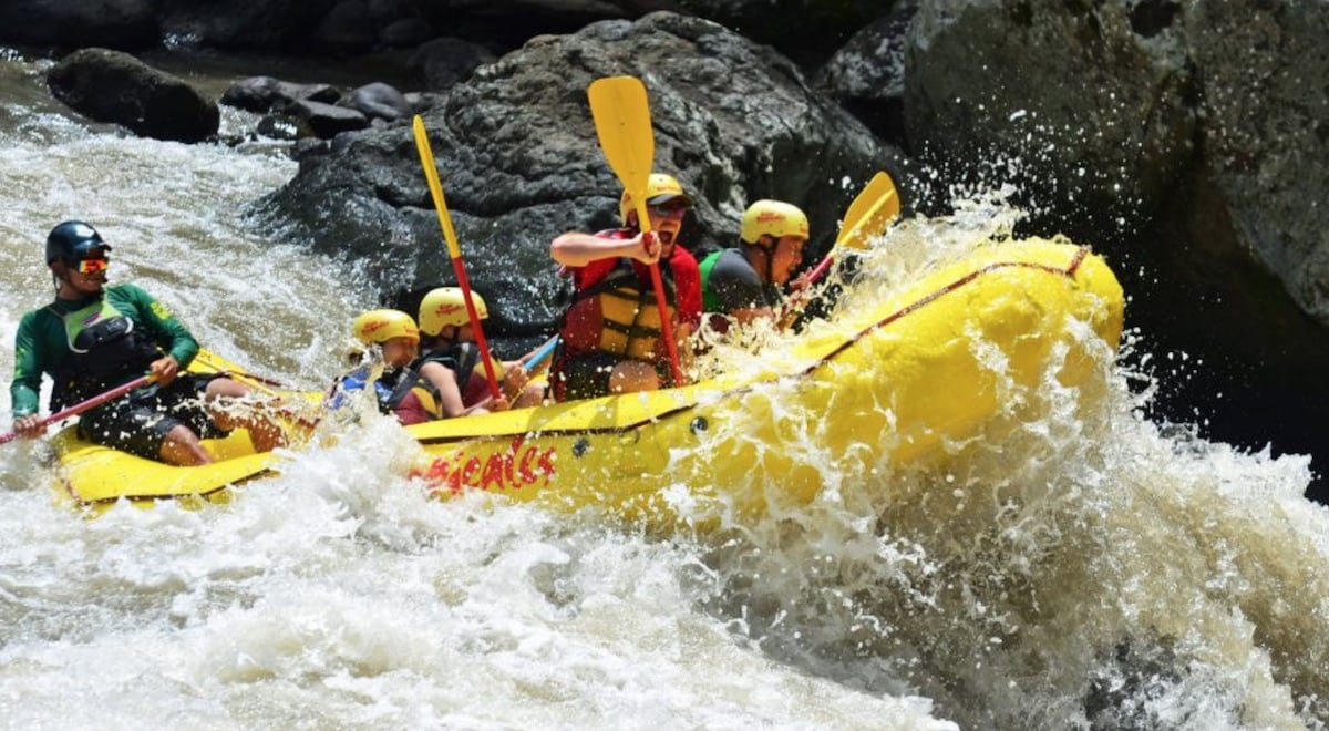 White Water Rafting Rio Pacuare