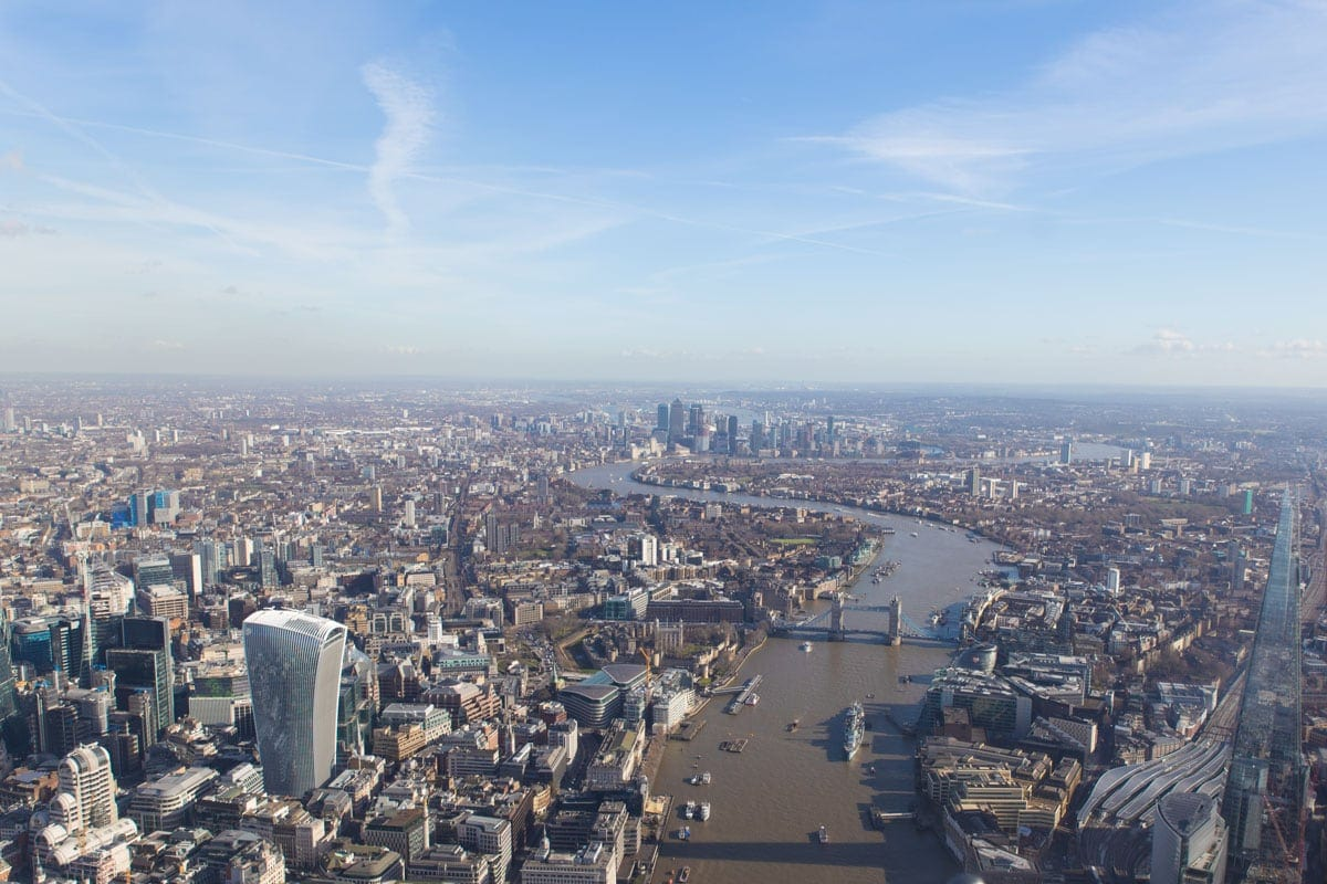 Incredible views of London from helicopter tour of London