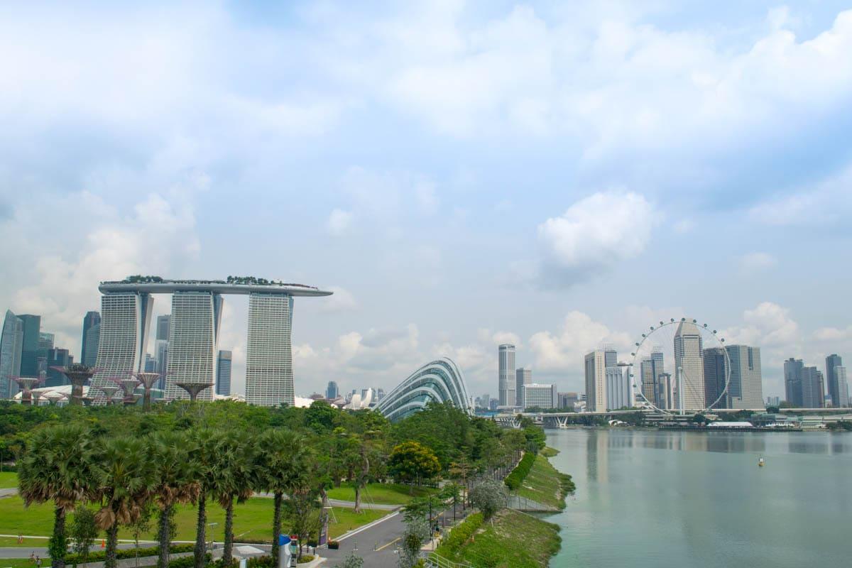 Beautiful views of Singapore from Marina Barrage