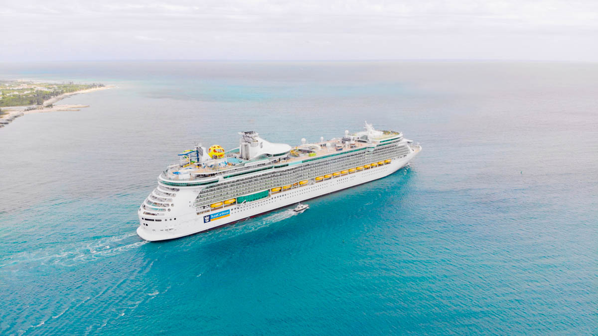 Independence of the Seas leaving the Bahamas for her home in Southampton (Photo: Royal Caribbean)