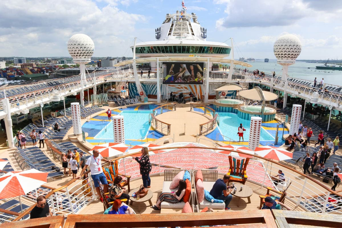 The Independence of the Seas reviews are in! And it's a good one!