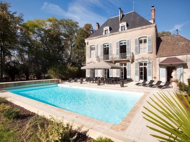 Chateau, Bergundy