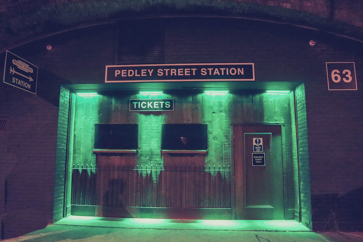 Pedley Street Station, The Murder Express, London