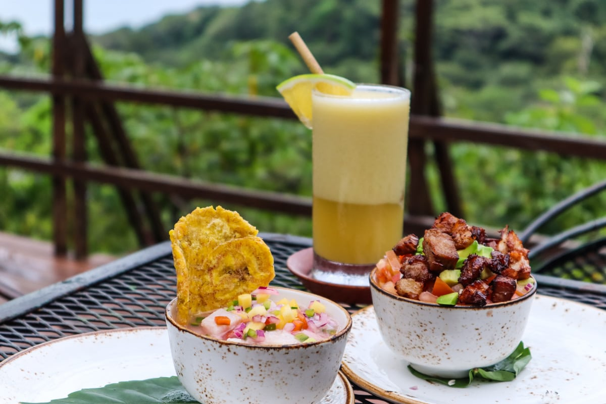Ceviche, fresh juice and more at Lapa Rios ecolodge