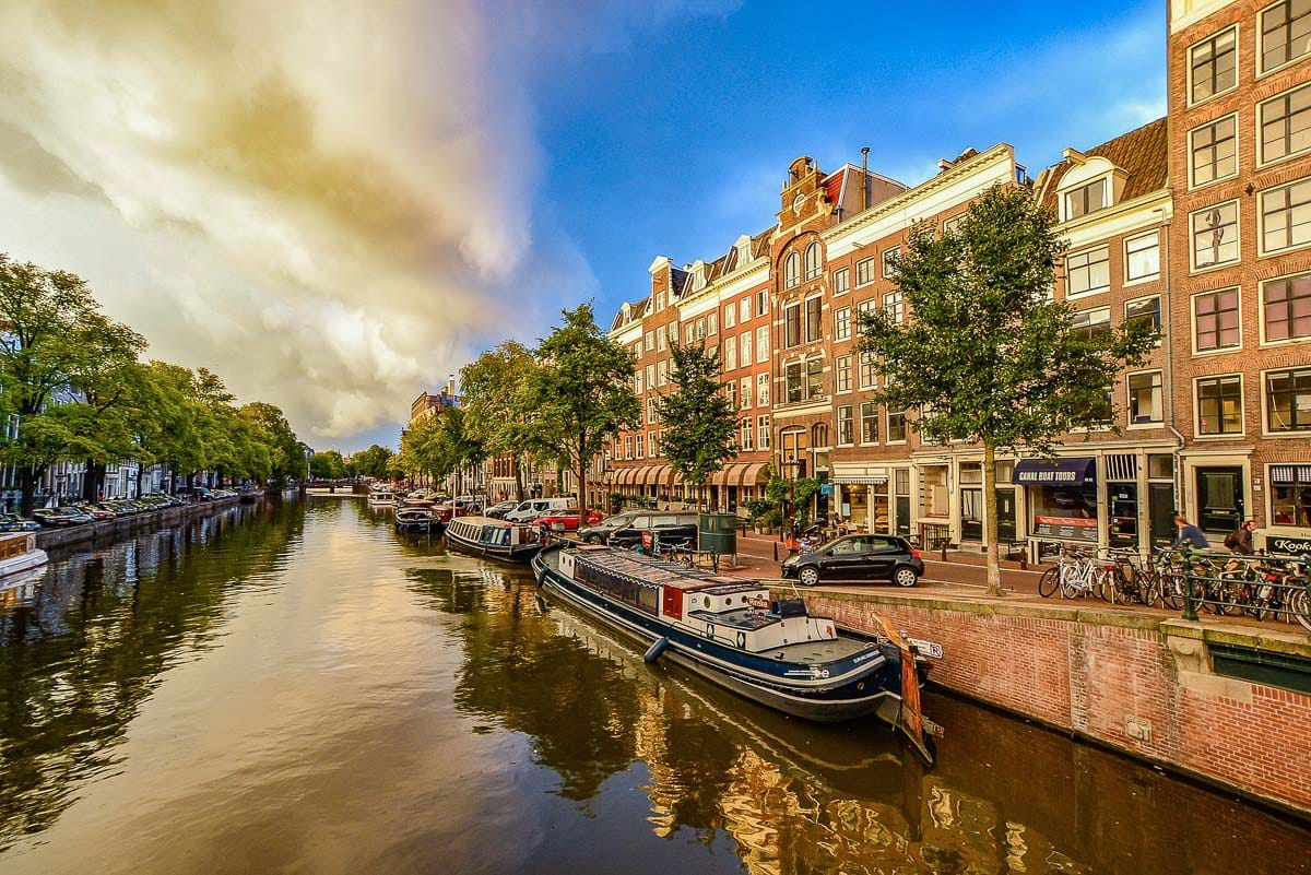 Beautiful canals and architecture in Amsterdam