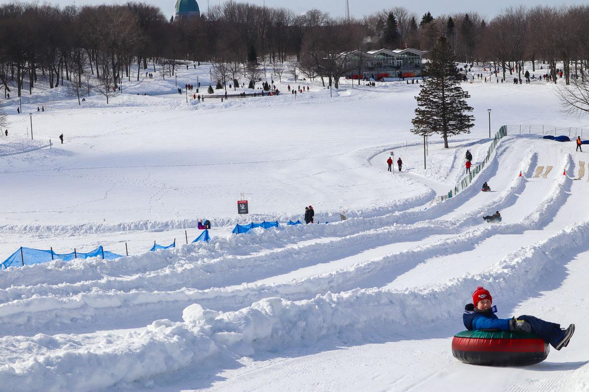 Snow tubing sur le mont royal