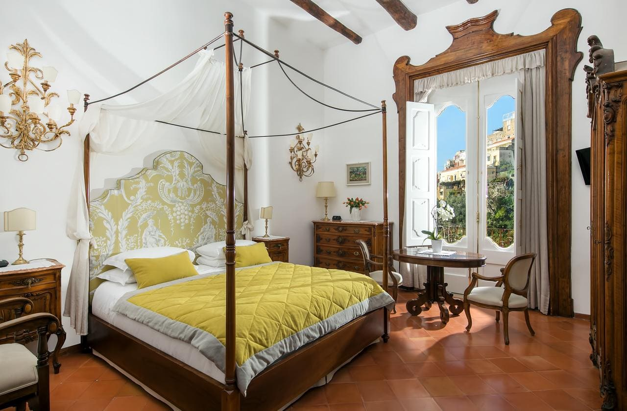 Bedroom at Hotel Palazzo Murat, Positano