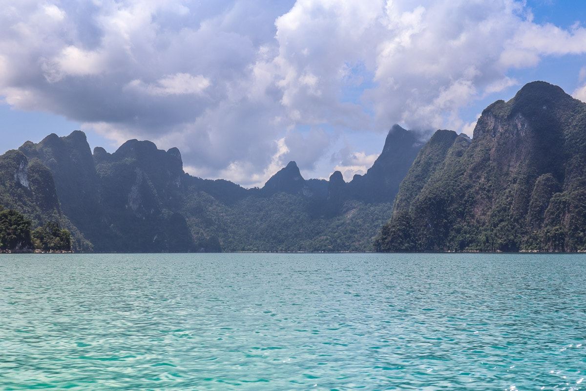 Spectacular scenery in Khao Sok National Park, Thailand