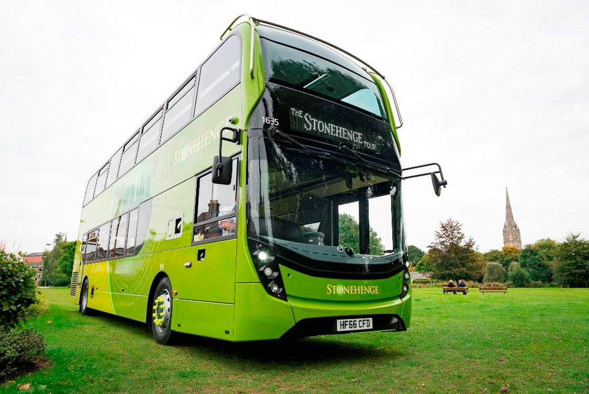 Stonehenge Tour Bus