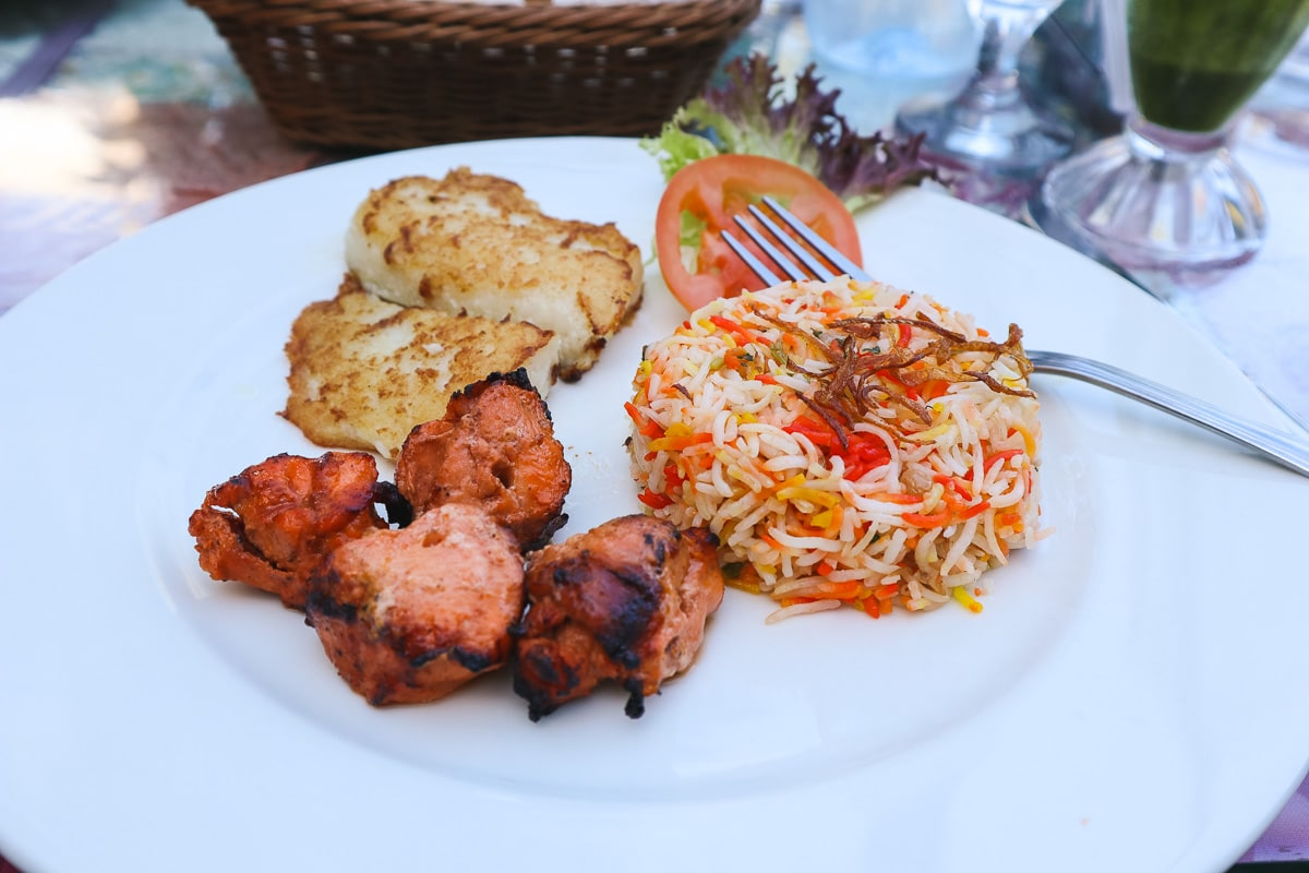 Grilled hamour and chicken with rice in Muscat