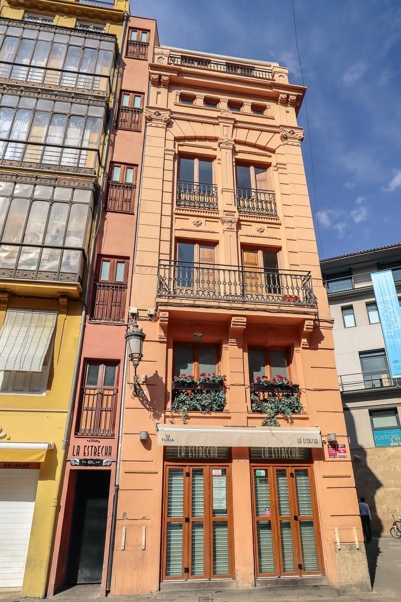 La Estrecha, Valencia