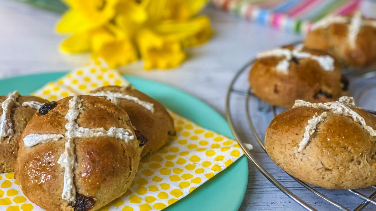 Little Cooks Co - hot cross buns