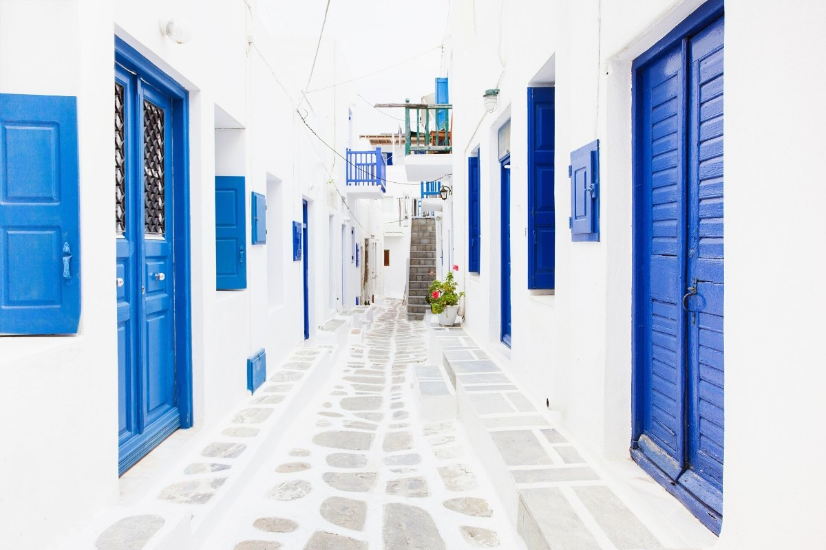 The blue and white streets of Mykonos, Greece