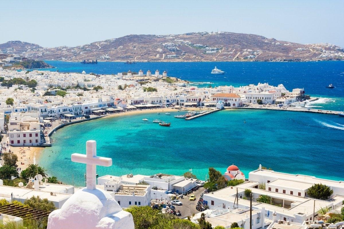 The perfect island for a honeymoon - Mykonos, Greece