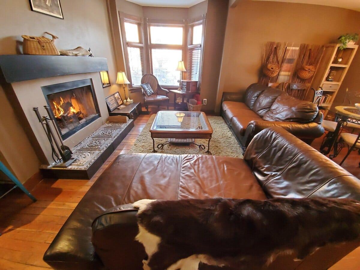Calgary Riverside Airbnb