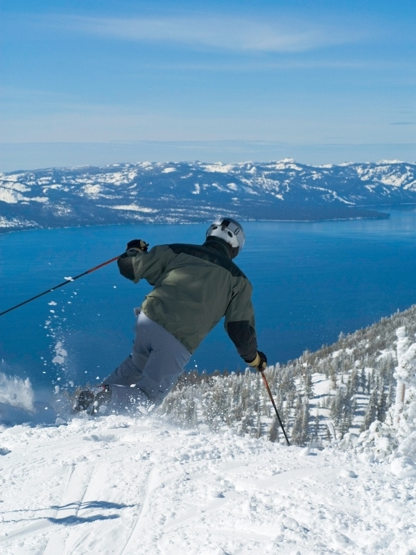 9 AMAZING Things To Do In Lake Tahoe In Winter (2021)