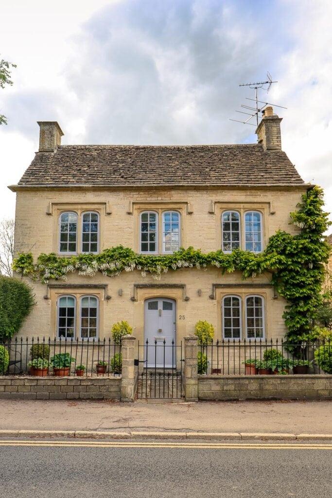 A pretty house in Tetbury