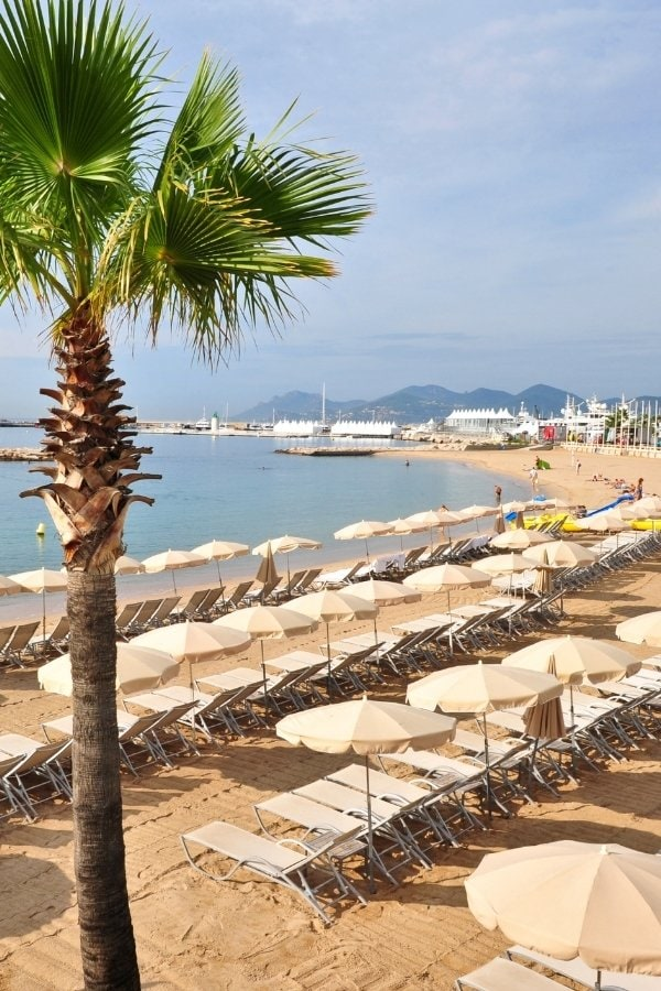There are beaches along La Croisette in Cannes
